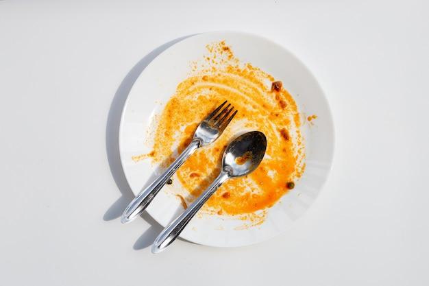 Brudne naczynie. widok z góry