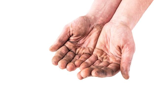 Brudne ręce na białym tle. błagające ręce.