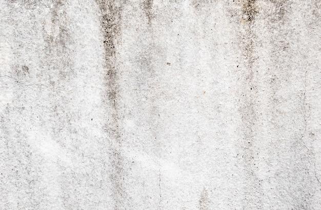 Brudny wzór pokryty cementową powierzchnią.