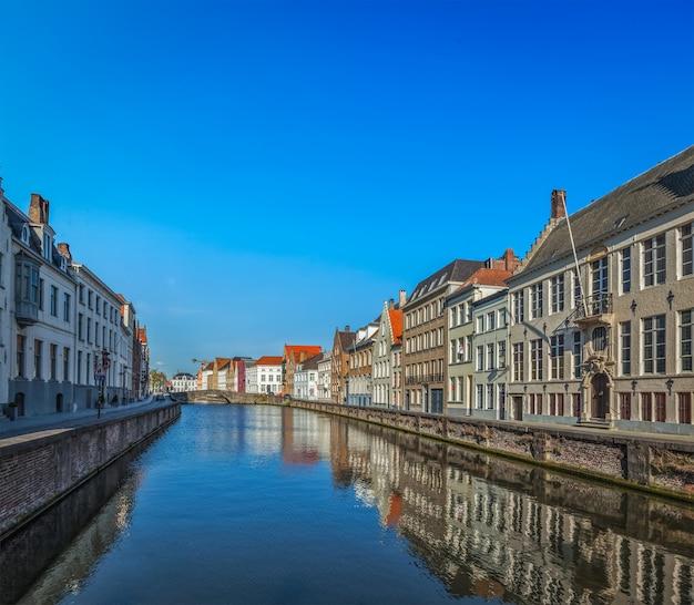Brugia (brugge), belgia