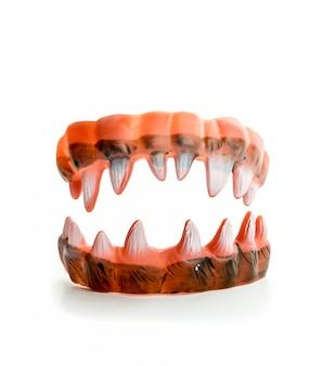 Brzydkie, ostre zęby potwora