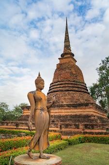 Buddha statua w wata mahathat świątyni, sukhothai dziejowy park
