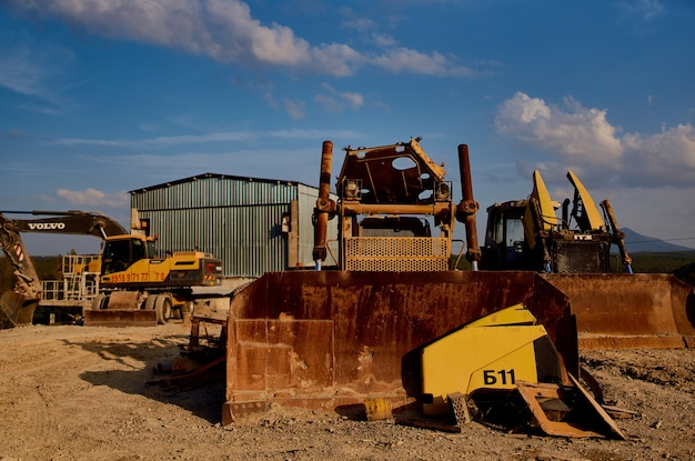 Budownictwo góry piasku koparka przemysł geologia spychacz