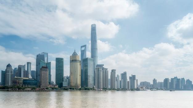 Budynek biurowy dzielnicy finansowej shanghai lujiazui