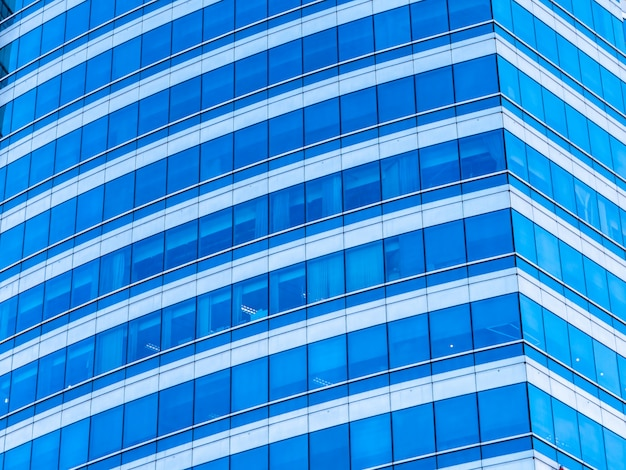 Budynek biurowy firmy wieżowiec z szybą