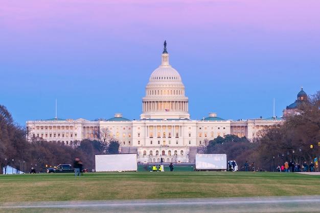 Budynek Kapitolu Stanów Zjednoczonych W Waszyngtonie Premium Zdjęcia