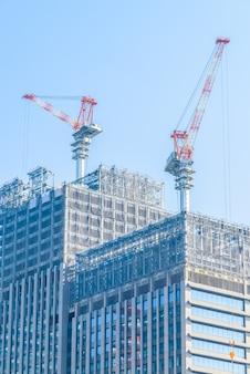Budynek konstrukcji dźwigu