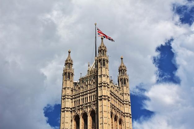 Budynek parlamentu brytyjskiego w mieście londyn, anglia, wielka brytania