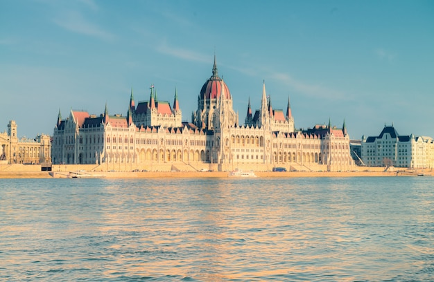 Budynek parlamentu w budapeszcie, węgry