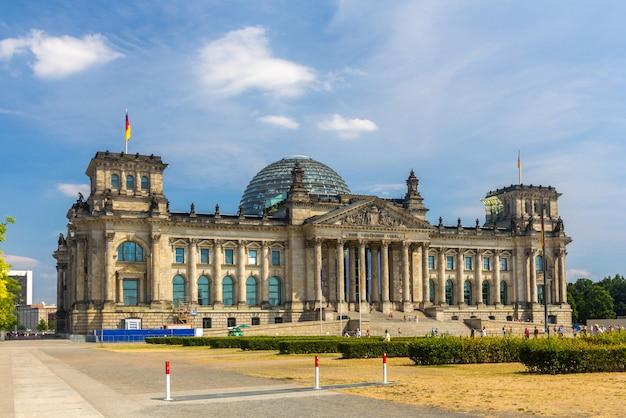 Budynek reichstagu w berlinie