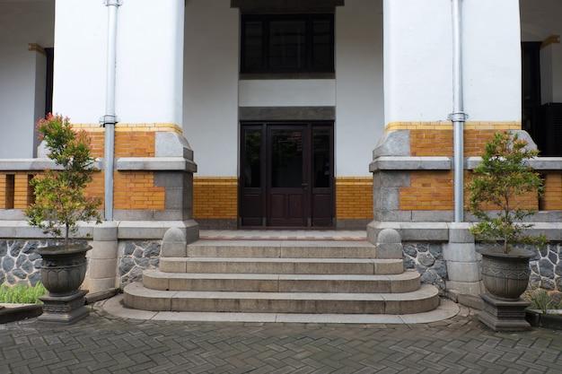 Budynki i architektura, miejsce przeznaczenia lawang sewu, semarang, indonezja