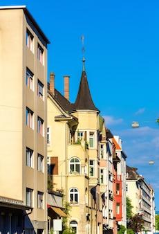 Budynki w centrum bazylei - szwajcaria