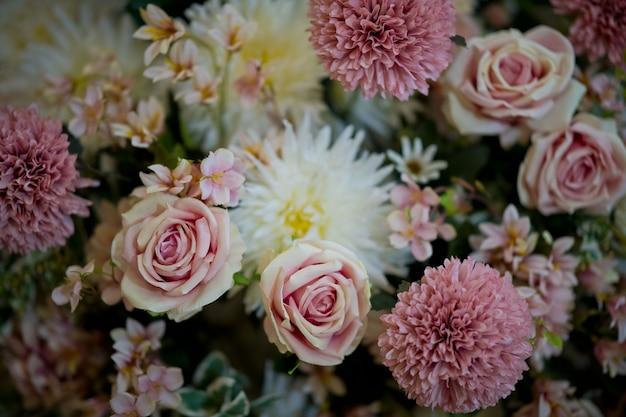 Bukiet kwiatów ślubu