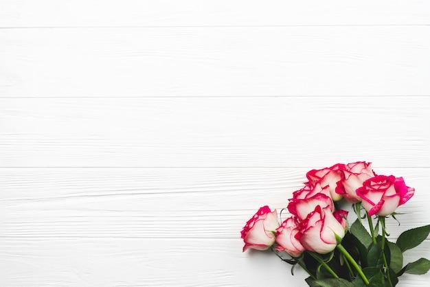 Bukiet pięknych róż