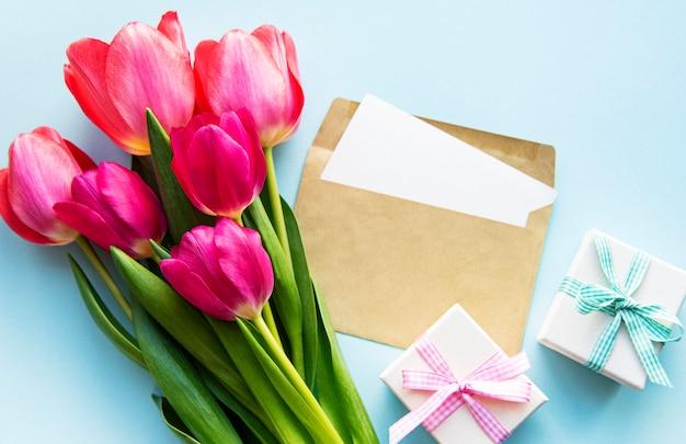 Bukiet pięknych tulipanów