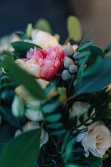Bukiet ślubny i dekoracja ślubna, kwiaty i kwiatowe kompozycje weselne