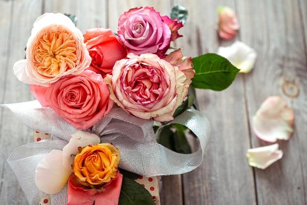 Bukiet świeżych róż