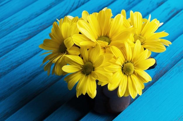 Bukiet żółtych stokrotek