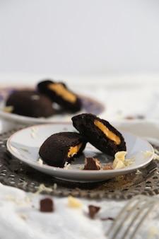 Bułeczki na parze wypełnione serem i czekoladą