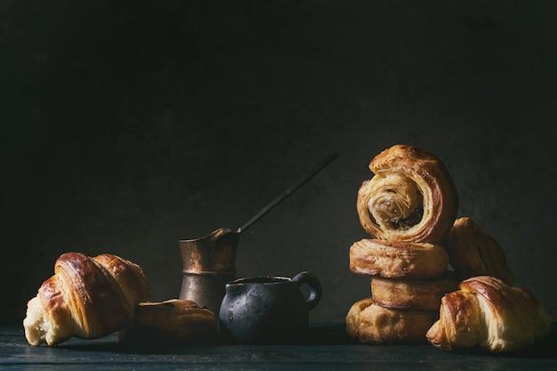 Bułeczki z ciasta francuskiego