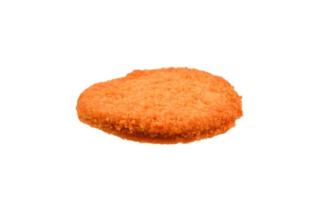 Burger rybny na białym tle.