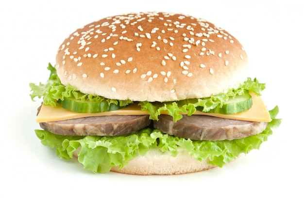 Burger z mięsem i warzywami