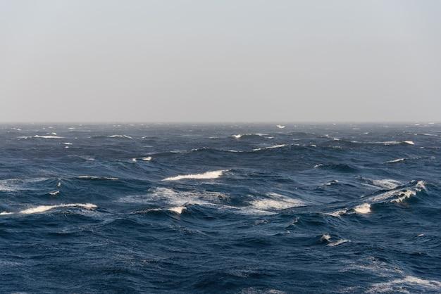 Burzliwe morze