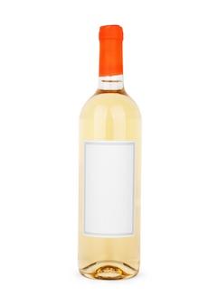 Butelka białego wina na białym tle, w zestawie ścieżka przycinająca