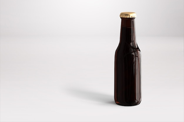 Butelka piwa makieta z pustą etykietą na białym tle. koncepcja oktoberfest.
