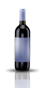 Butelka wina z etykietą na białym tle