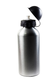 Butelka wody sport na białym tle.