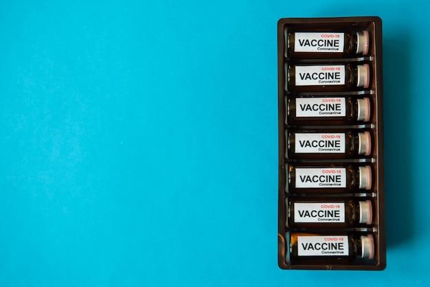 Butelki szczepionki do walki z pandemią koronawirusa