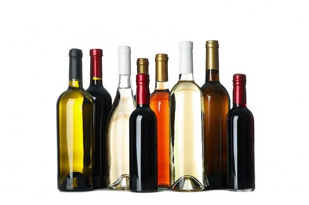 Butelki wina na białym tle