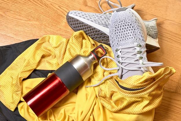 Buty do biegania i różne akcesoria
