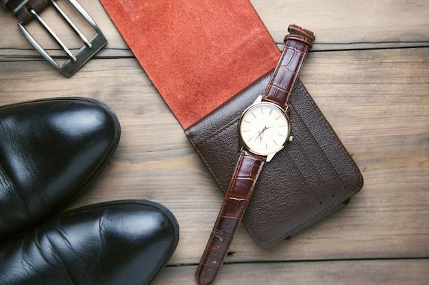 Buty, portfel, zegarek i pasek