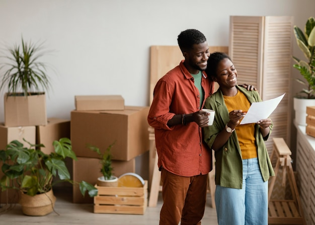 Buźka para planuje remont domu