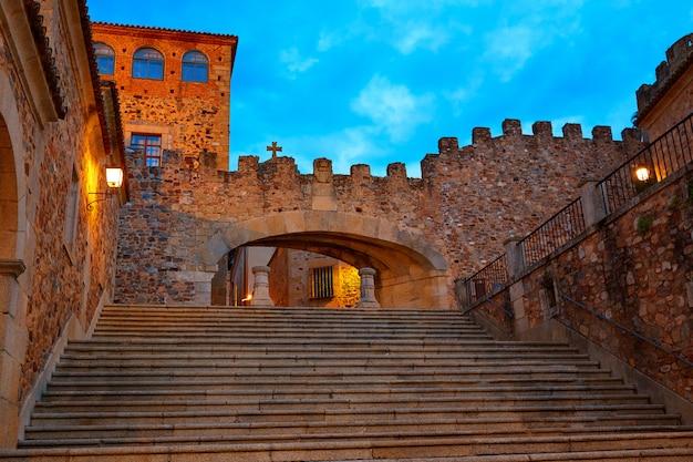 Caceres arco de la estrella arch w hiszpanii