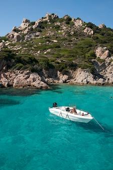 Cala corsara, cudowna woda morska w spargi