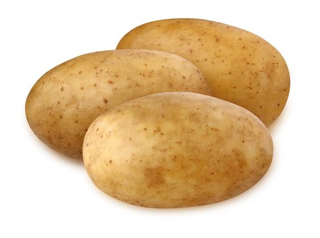 Całe ziemniaki na białym tle