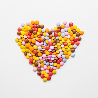 Candy spada tworzących serca