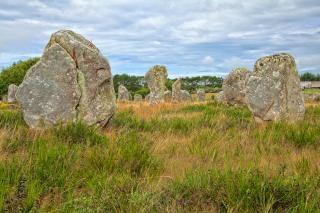 Carnac kamienie hdr mistyczne