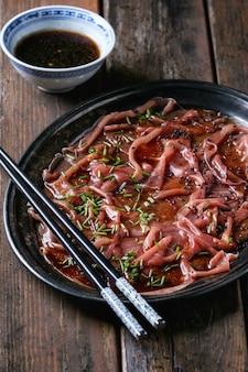 Carpaccio z wołowiny w stylu azjatyckim