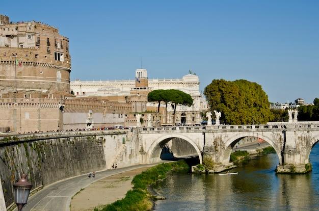 Castel sant'angelo w rzymie, włochy