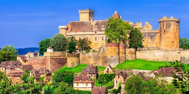 Castelnau-bretenoux, imponujący średniowieczny zamek we francji