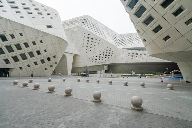 Cechy architektoniczne międzynarodowego młodzieżowego centrum kultury w nanjing