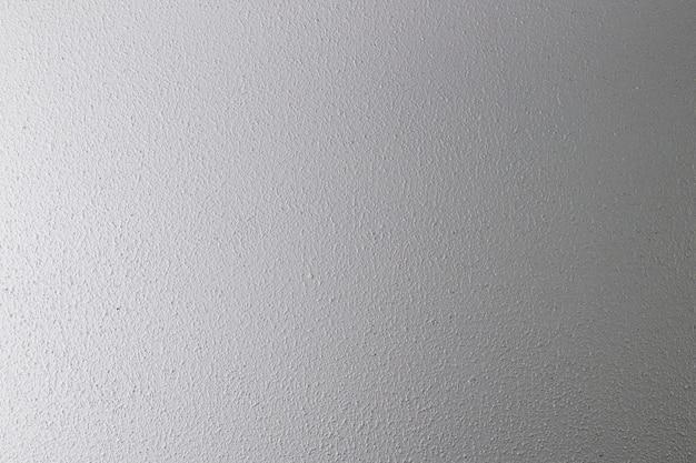 Cementowa ściana z szorstką teksturą