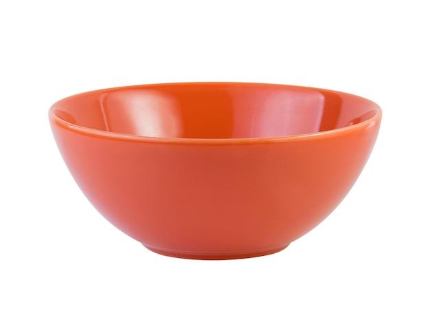 Ceramiczna miska na białym tle