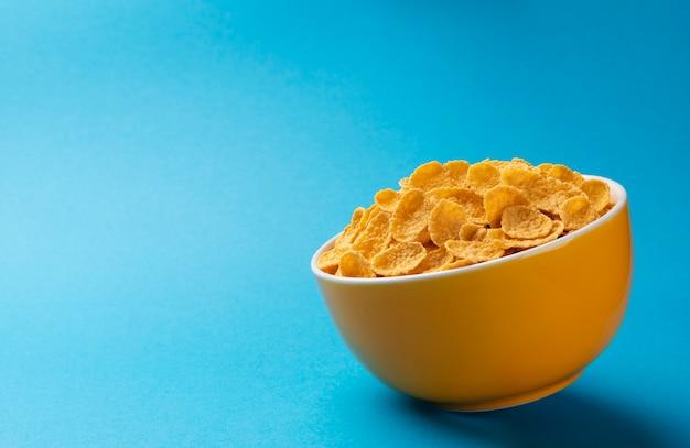 Ceramiczna miska płatków kukurydzianych