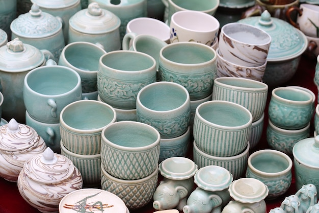 Ceramiczny sklep z doniczkami
