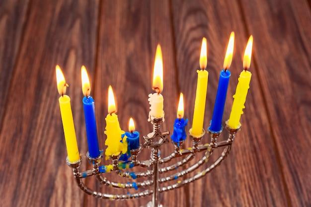 Chanuka menory świece żydowskie święta chanuka, żydowskie święto świateł